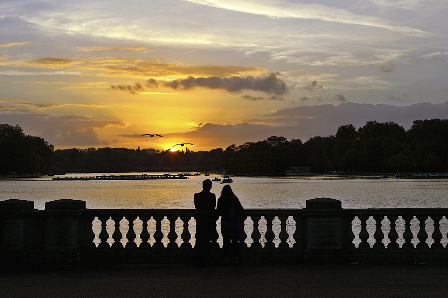 A romantic sunset in London.