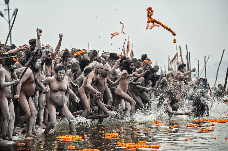 Bath of the Naga Sadhu, Maha Kumbh Mela of Allahabad, India, Photo by Roberto Nistri
